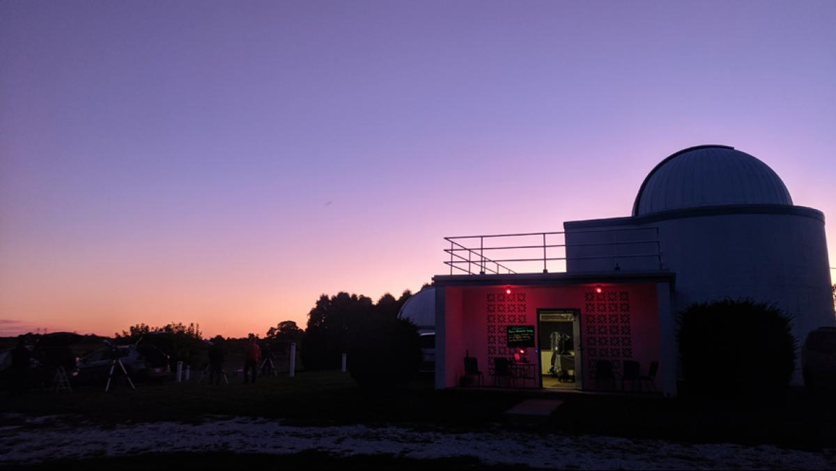 The main building of the Modine-Benstead Observatory houses a 16-inch telescope, observation deck, library, and meeting room. Photo by Justin Kern.