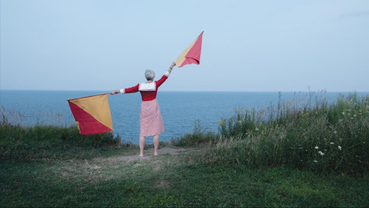 Maggie Sasso, Semaphore-1-Y (from Y.H.W.), 2018. Handwoven cotton, mahogany, photographic documentation, 6 x 5 feet. Photo by Ben Dembroski.